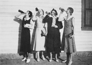 ladies-drinking-1